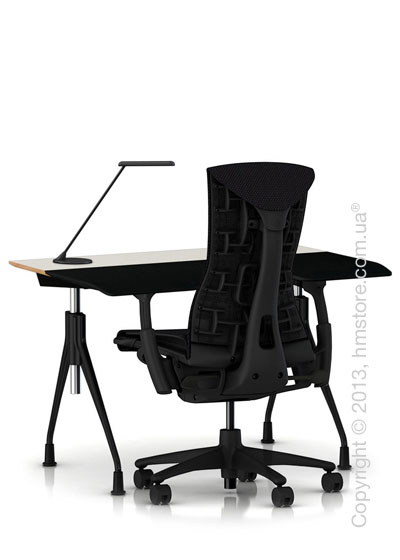 Комплект – стол Herman Miller Envelop Desk, кресло Embody Chair, светильник Flute