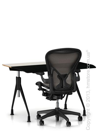 Комплект – стол Herman Miller Envelop Desk, кресло Aeron Сhair