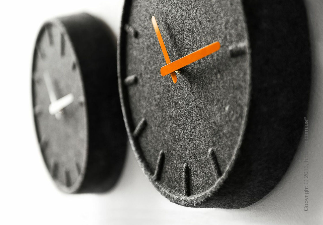 Часы настенные LEFF Amsterdam wall clock felt35 orange hands