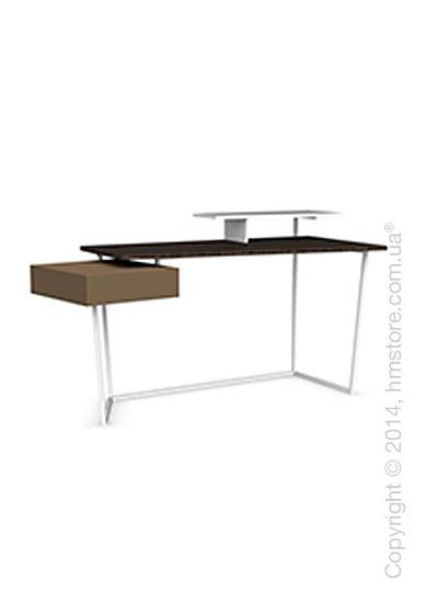 Стол Calligaris Layers, Metal matt optic white, Veneersmoke and Lacquered matt nougat