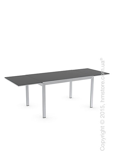 Стол Calligaris Key, Rectangular extending table, Frosted acid etched tempered glass black and Metal chromed