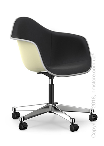 Кресло Vitra Eames Plastic Armchair PACC with full upholstery, Cream shell, Nero