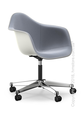 Кресло Vitra Eames Plastic Armchair PACC with full upholstery, White shell, Dark Blue Ivory
