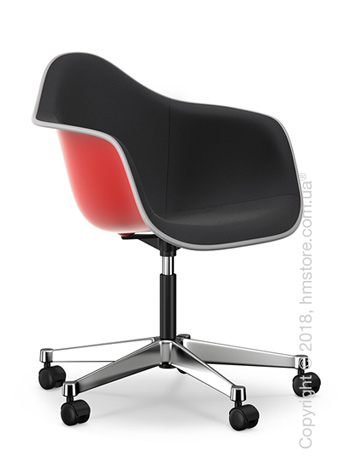Кресло Vitra Eames Plastic Armchair PACC with full upholstery, Classic Red shell, Nero