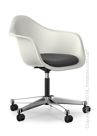 Кресло Vitra Eames Plastic Armchair PACC with seat upholstery, White shell, Dark Grey