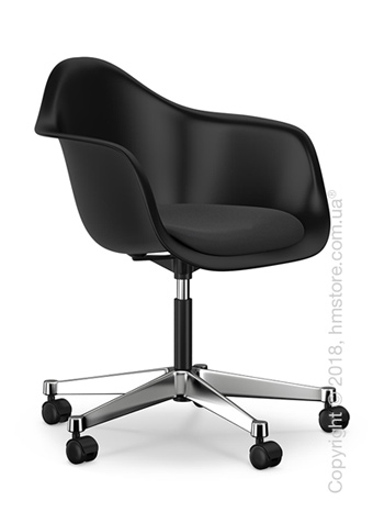 Кресло Vitra Eames Plastic Armchair PACC with seat upholstery, Basic Dark shell, Nero