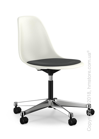 Кресло Vitra Eames Plastic Side Chair PSCC with seat upholstery, White shell and Dark Grey